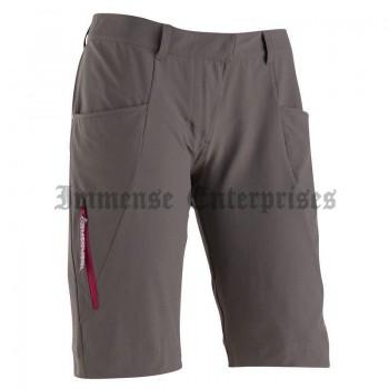 Immense Shorts light brown